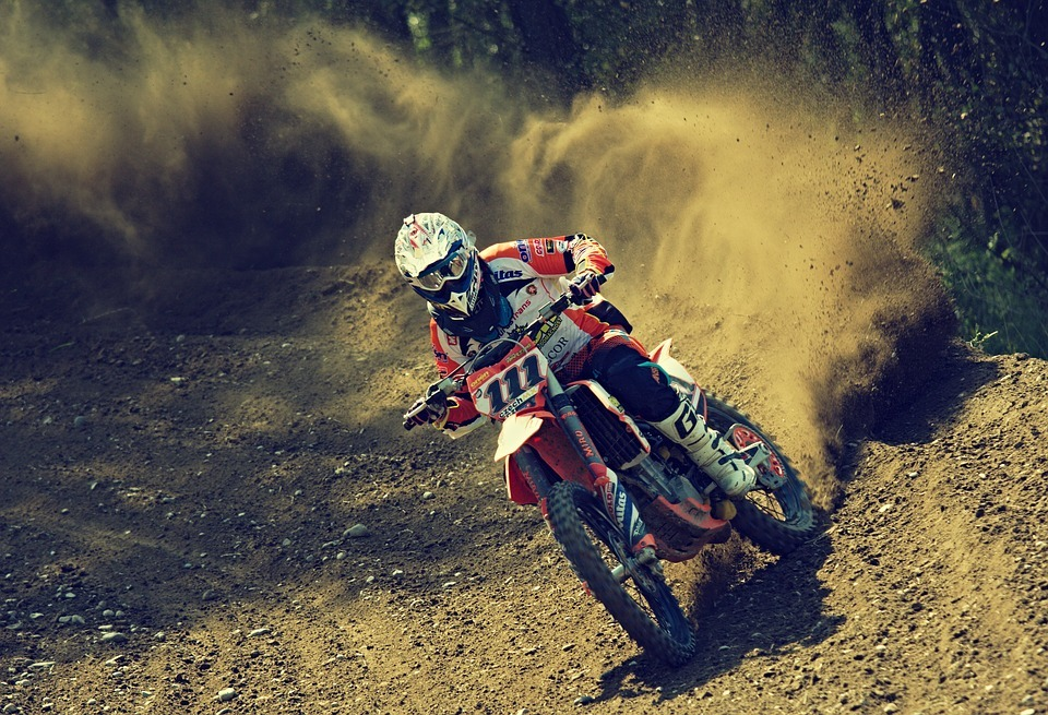 Here's How To Clean A Dirt Bike The Right Way